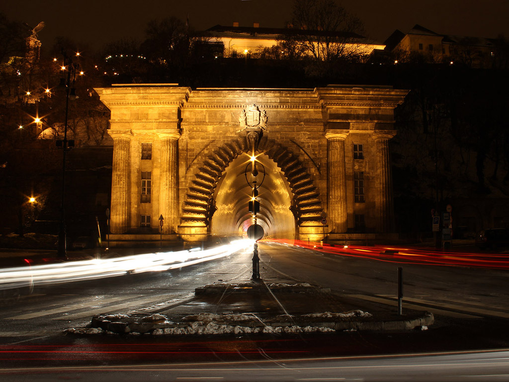 Budapest este: Alagút